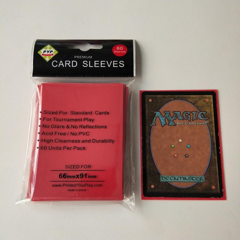 Protezioni per schede da gioco MTG / Pokemon di dimensioni standard rosso solido 66x91mm