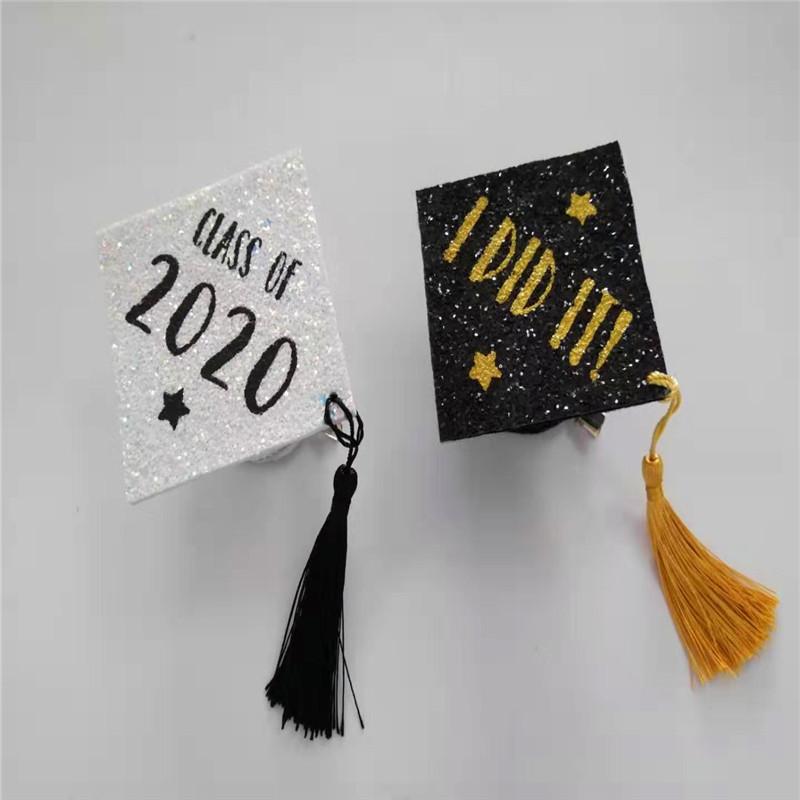 Cappello da laureato bianco con cappello per feste di laurea con glitter colorati