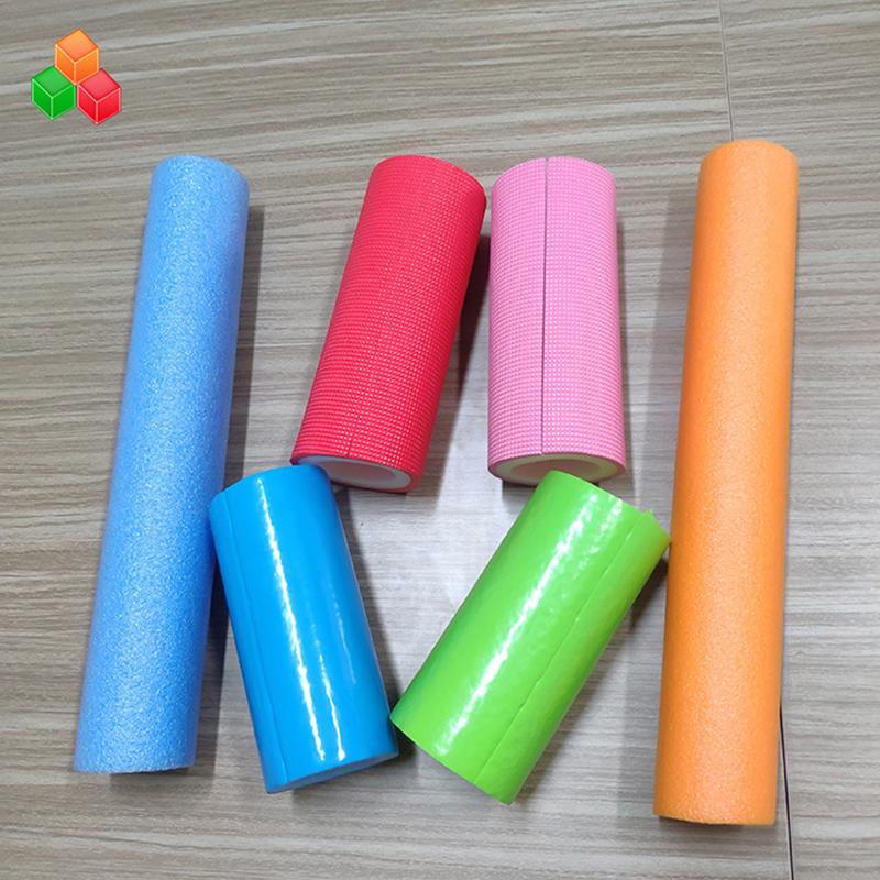 Tubi in schiuma di forma cava super morbida con logo personalizzato colore PVC EVA EPE tubo tondo in schiuma per attrezzature / imballaggi per parchi giochi al coperto