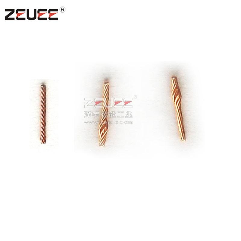 Attrezzatura per l'assemblaggio automatico del connettore elettrico a perno a spirale